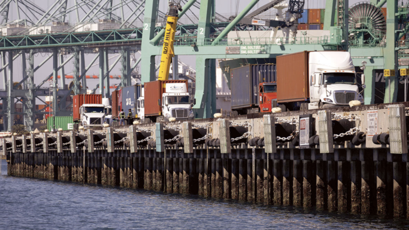 congestion California ports